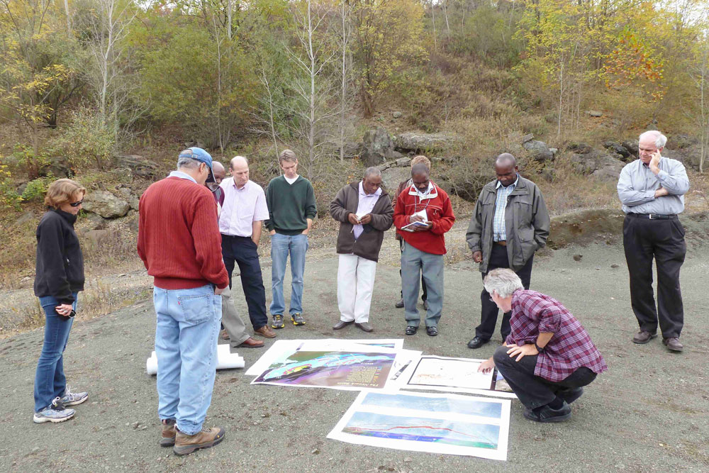 Figure 3. Workshop attendees participate in post-workshop field trip to the northern part of the Newark Basin.
